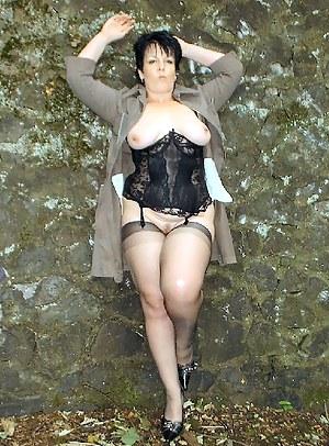 Free Mature Corset Porn Pictures