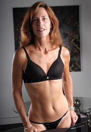 Milfs women nude mature